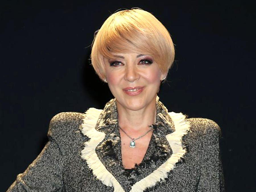 """Edith González protagoniza la obra de teatro """"Entre Mujeres"""", México, 2018"""