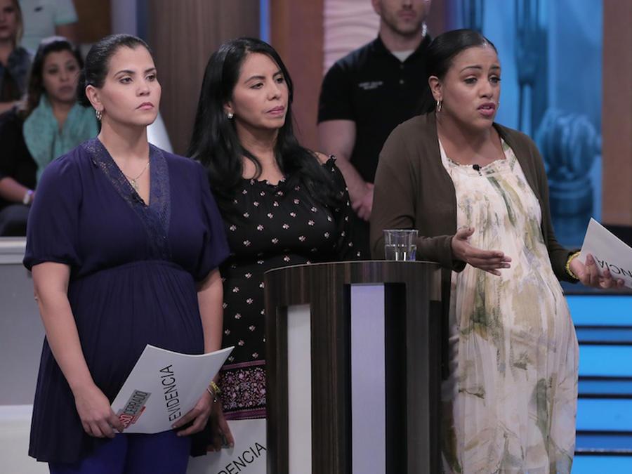 Mi padrastro falleció y dejó tres mujeres embarazadas