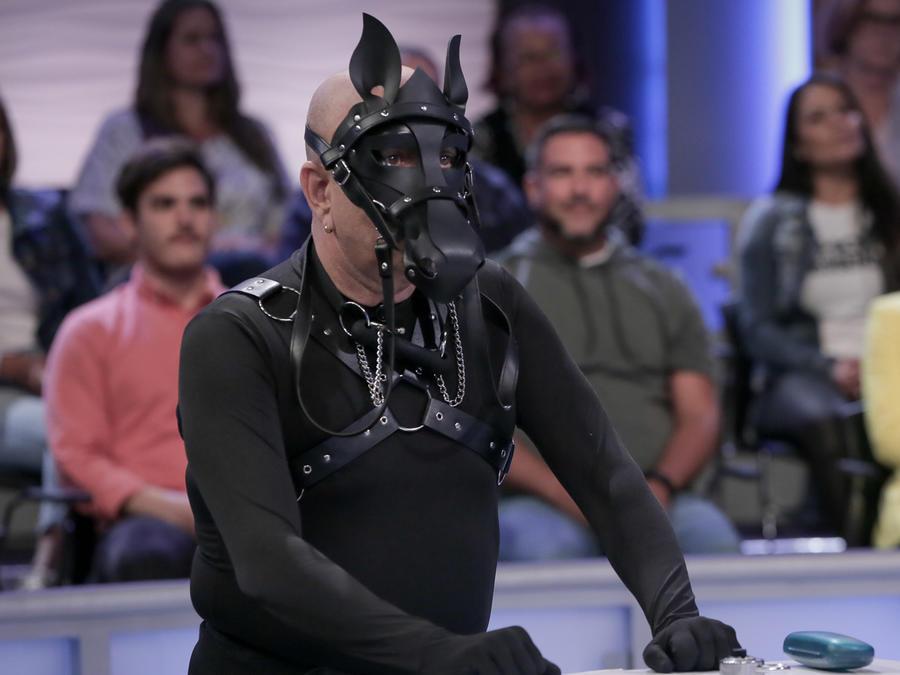 Nos disfrazamos de lindos caballos y hacemos competencias equinas