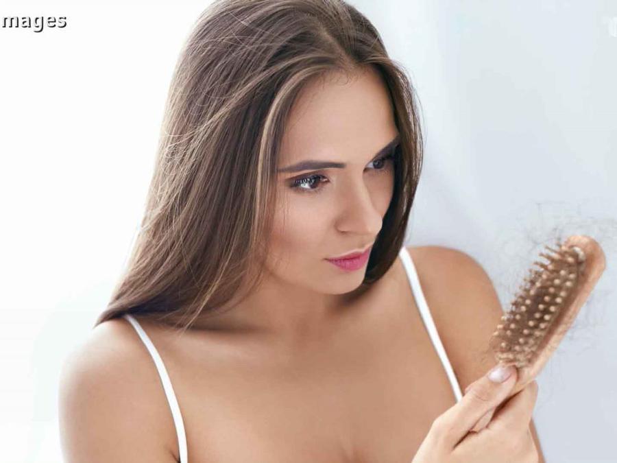 Mujer con pérdida de cabello