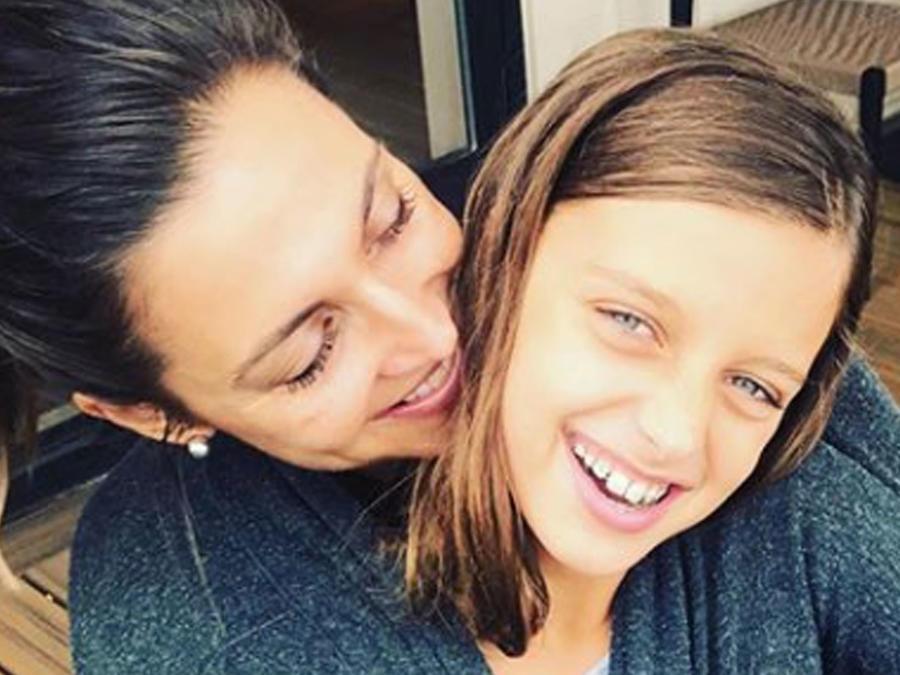 Paula Faris y su hija