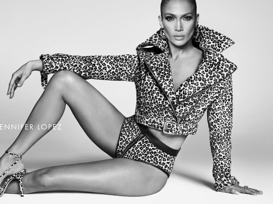 Jennifer Lopez anuncia su propia marca de zapatos