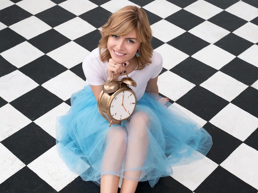 Mujer con reloj
