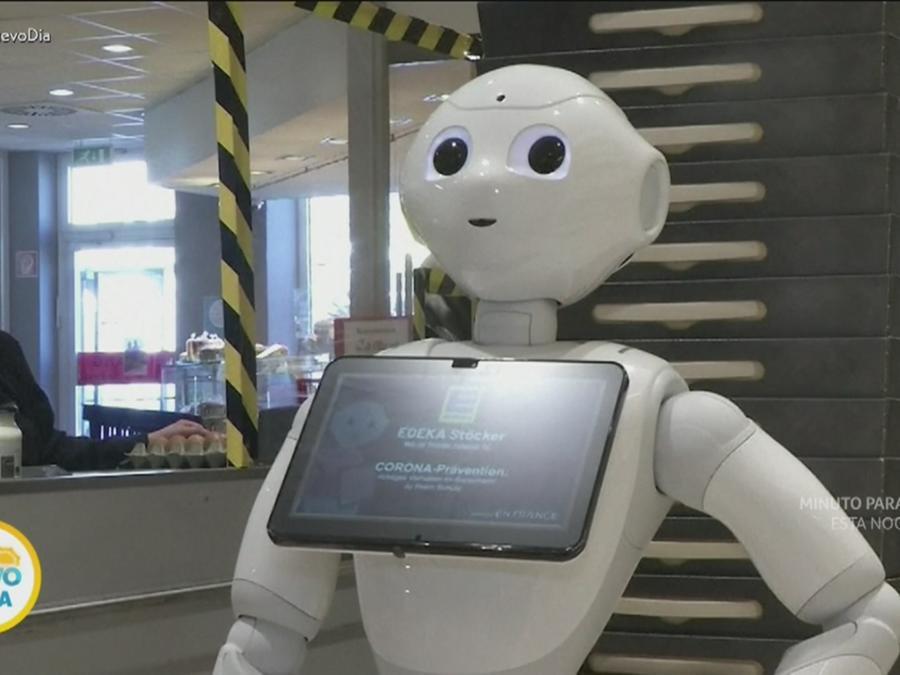 Robot mantiene el orden en pandemia