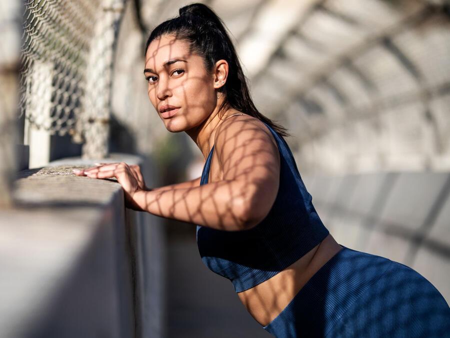 Mujer entrenando