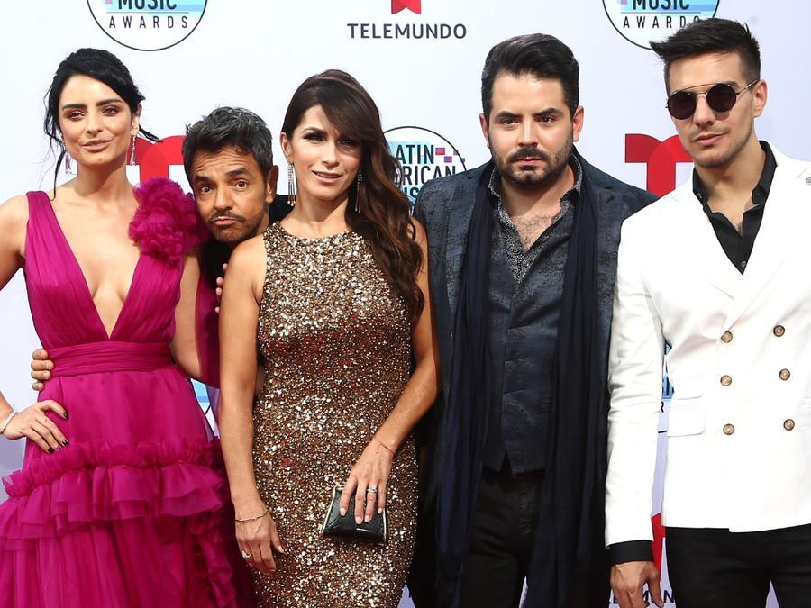 Los Derbez en 2019 Latin American Music Awards