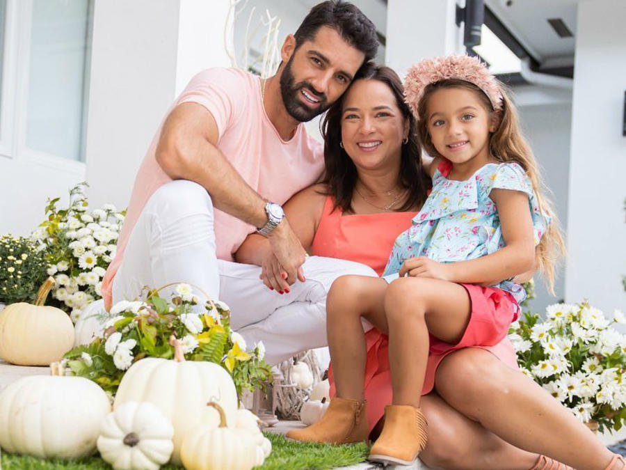 Adamari López con su familia
