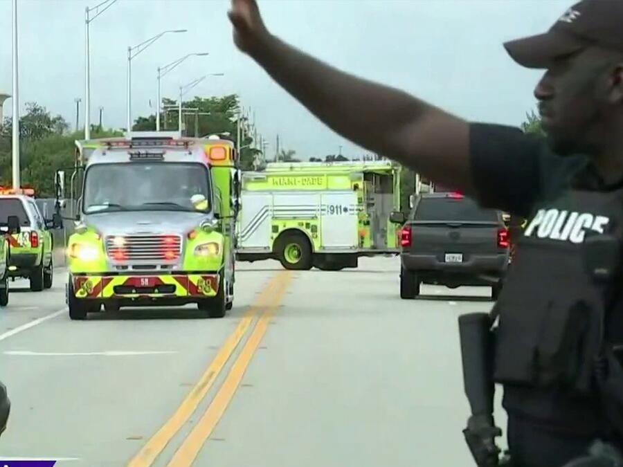 Sujeto balea a dos policías en Florida