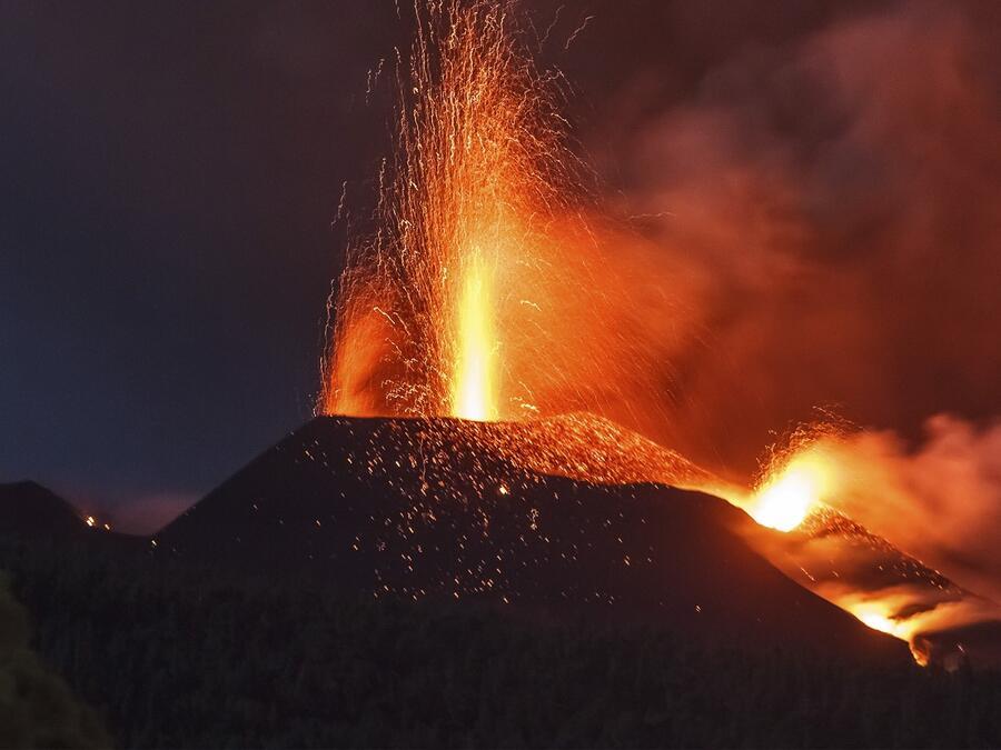 Erupción del volcán en La Palma cumple un mes