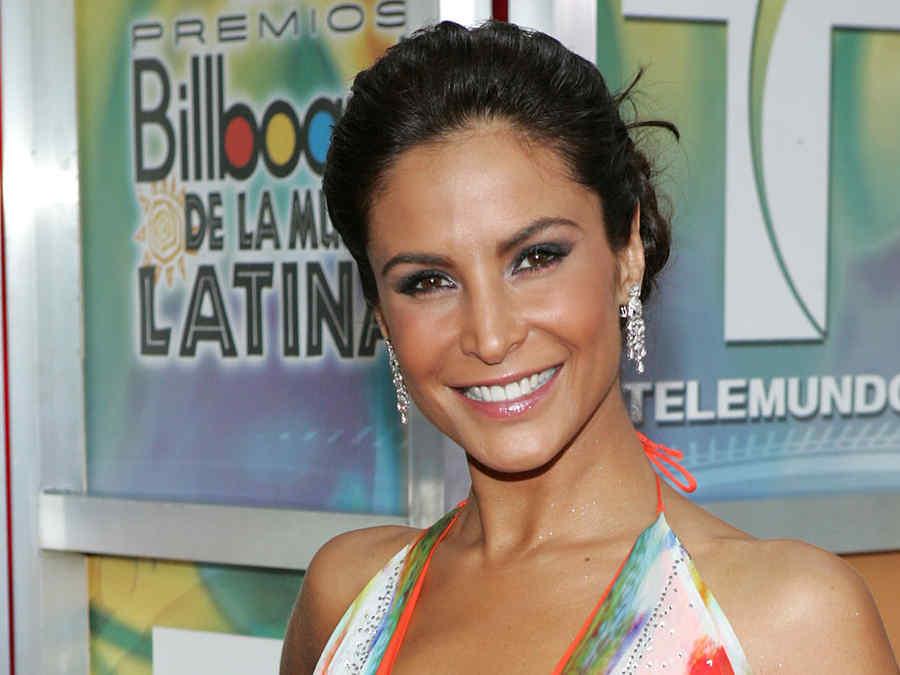 Lorena Rojas en los premios Billboard 2005