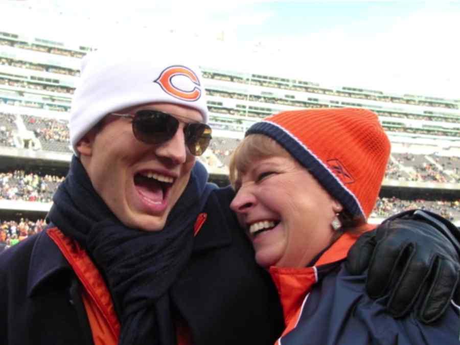 Ashton Kutcher con su madre