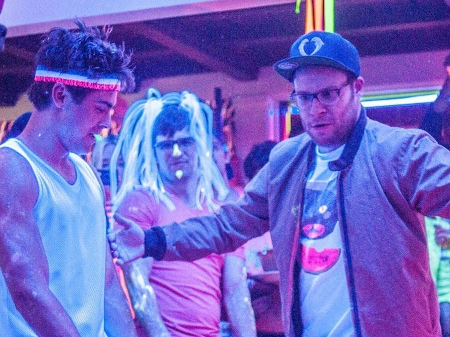 """Zac Efron y Seth Rogen de la película """"Neighbors""""."""