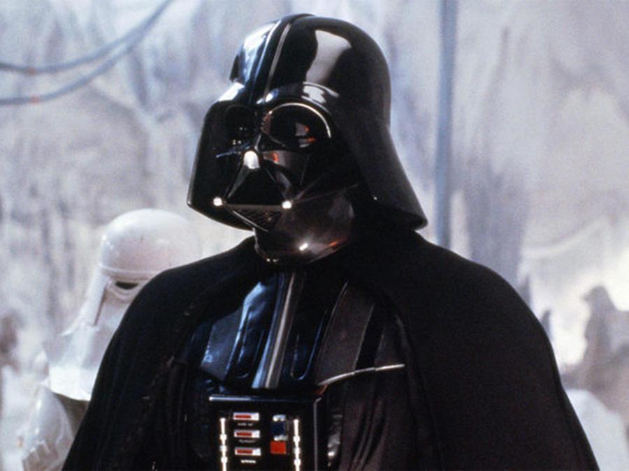 """Fan de """"Star Wars"""" se llama Darth Vader"""