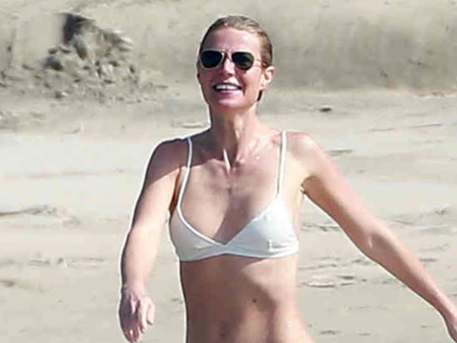 Gwyneth Paltrow luce su cuerpo en bikini a los 43 años