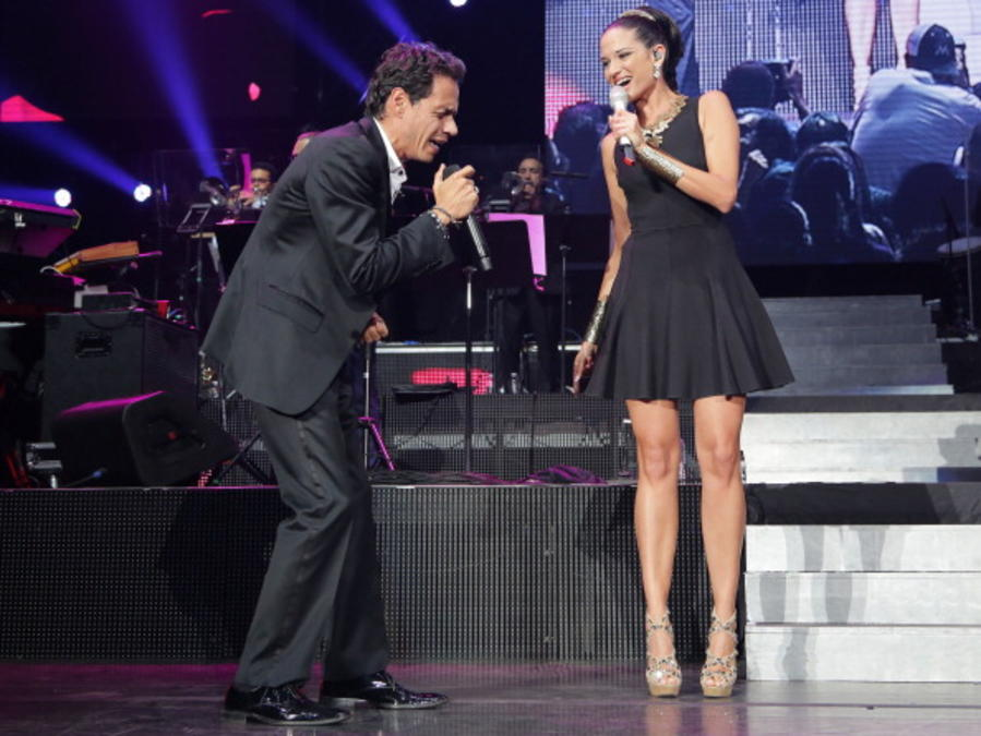 "Marc Anthony ""Vivir Mi Vida"" Tour At American Airlines Arena"