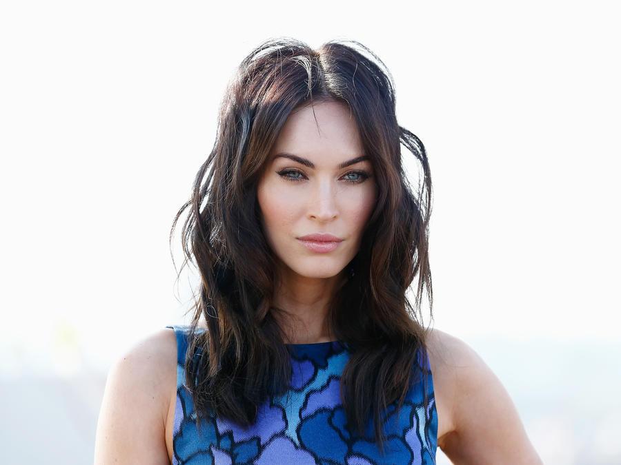 Hombre paga $37 millones para acostarse con Megan Fox