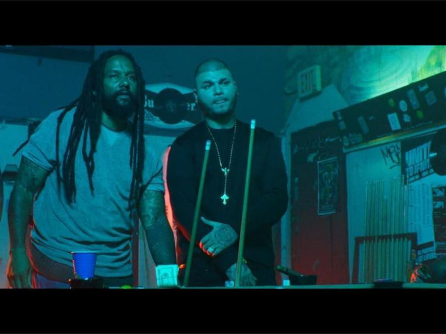 "Farruko y Ky-Mani Marley en el set del video de ""Chillax""."