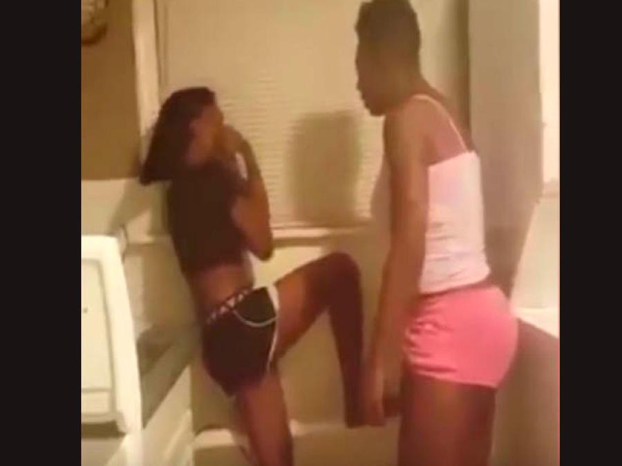 Golpea a su hija por tener sexo y lo transmite en vivo por Facebook (VIDEO)