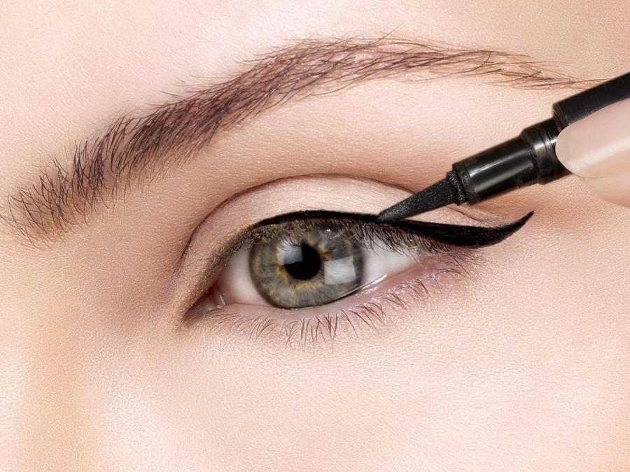 Delineador de ojos líquido