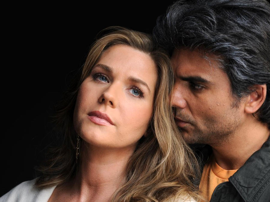 Jorge Luis Pila y Sonya Smith