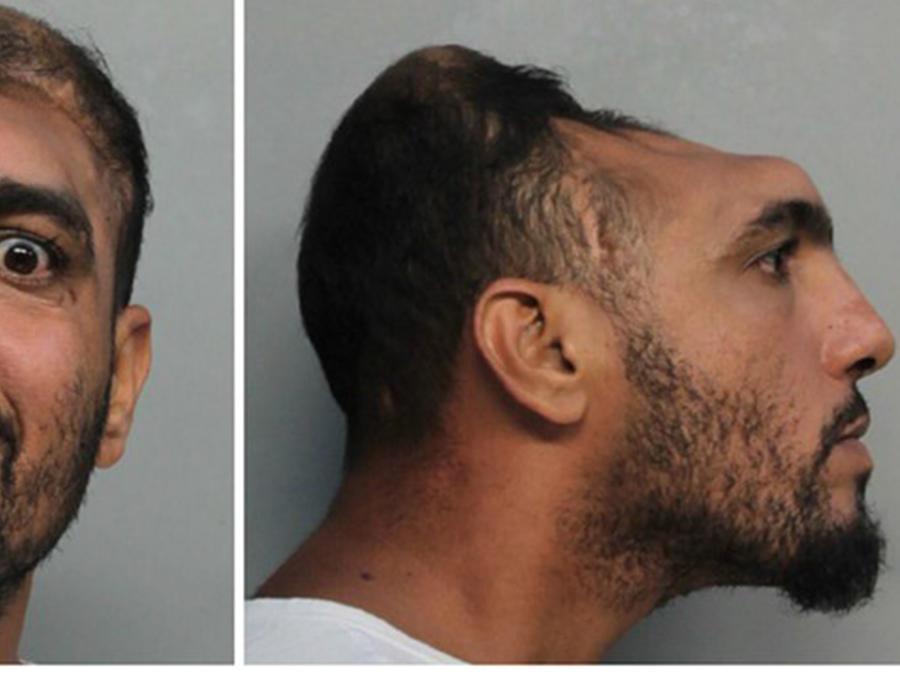 Carlos Rodríguez fue arrestado por intentar prender fuego a un colchón y poner en peligro la vida de dos personas