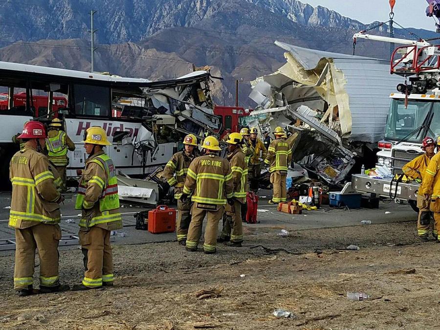 accidente bus California