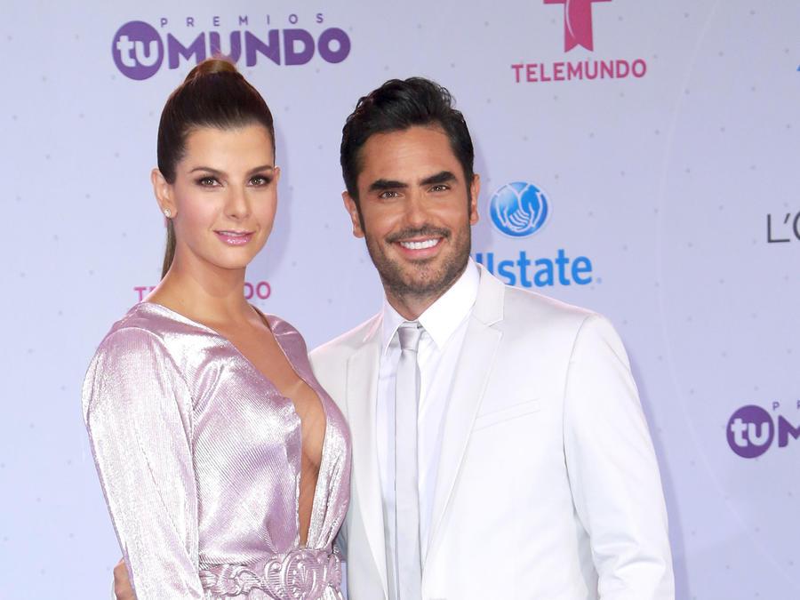 Lincoln Palomeque, Carolina Cruz, pareja, club de novelas