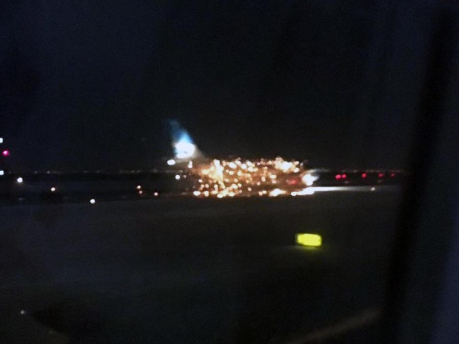 avion aerolineas argentinas fuego