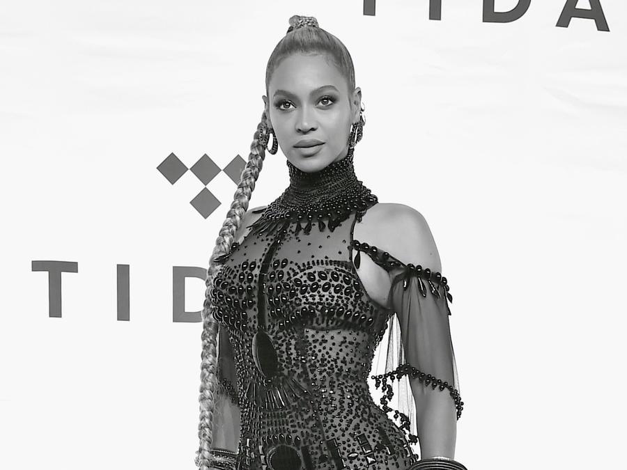 Beyonce atiende al evento TIDAL X: 1015