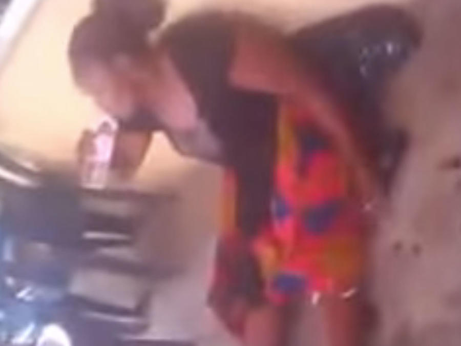 Mujer dio a luz  a una cabra después de dos años de embarazo (VIDEO)