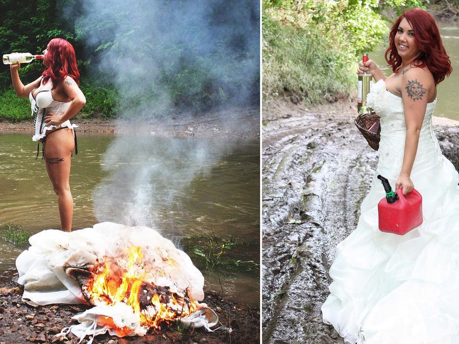 Mujer quema vestido de novia después de divorciarse