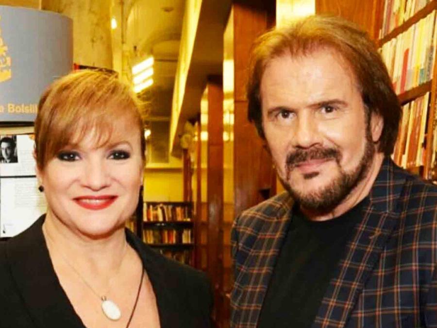 Joaquín y Lucía Galán en el lanzamiento de su nuevo libro.