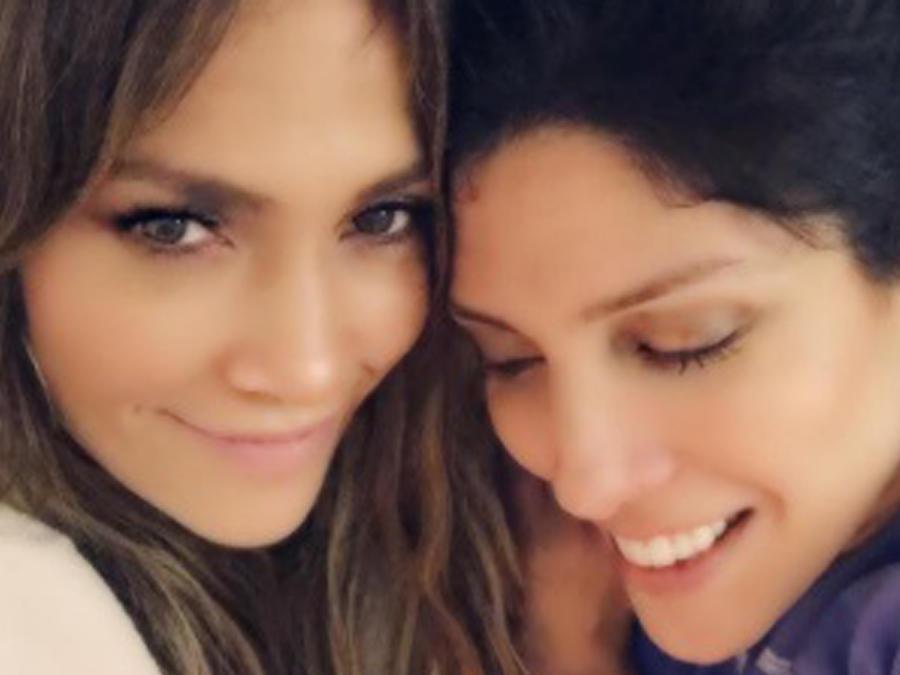 Jennifer Lopez y Lynda Lopez selfie