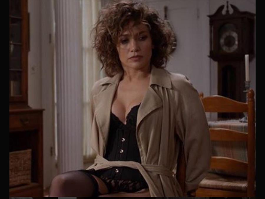 Jennifer Lopez en Shades of Blue