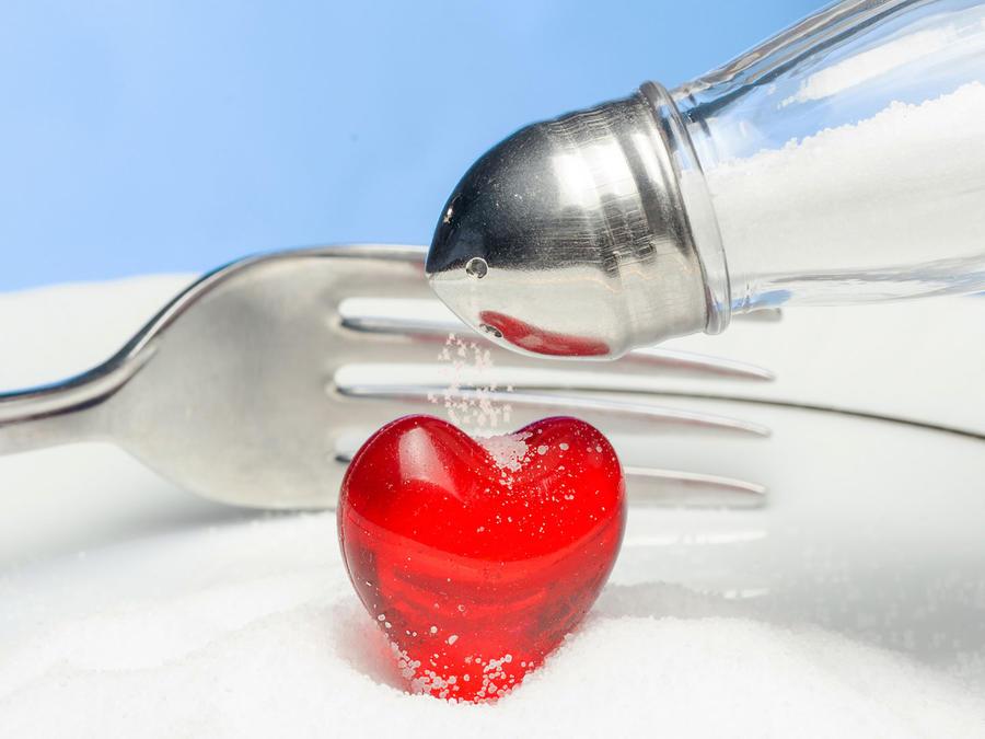 Salero y corazón