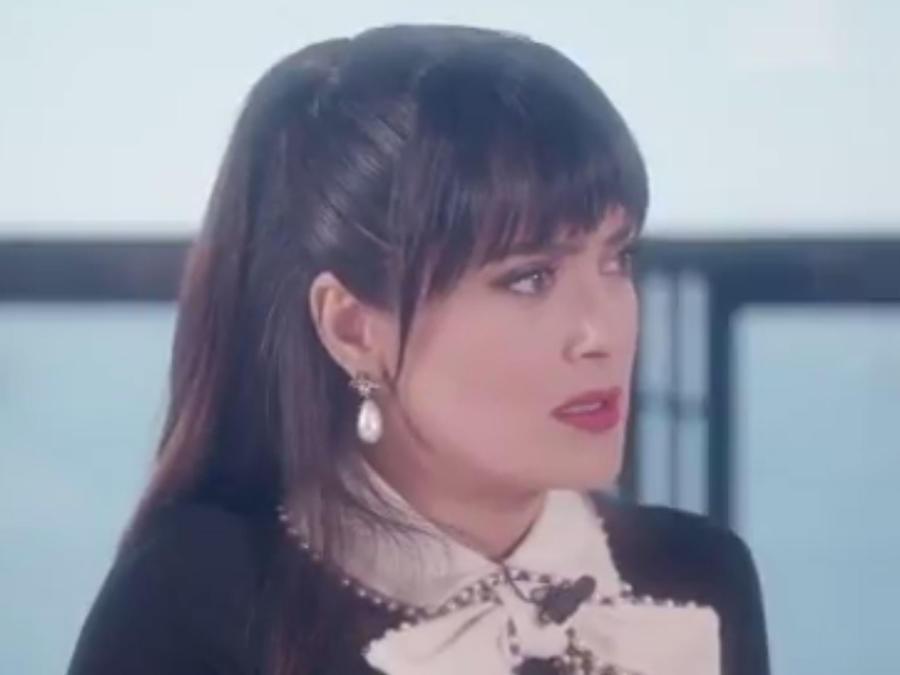 Salma Hayek a punto de las lágrimas por el ataque en el show de Ariana Grande