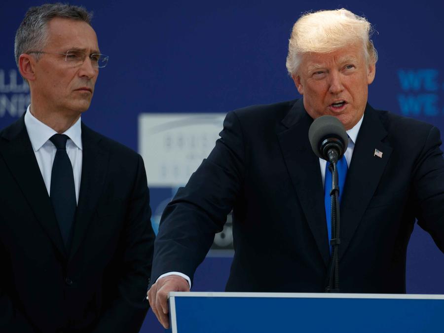 Trump pide a la OTAN centrarse en terrorismo, inmigración y amenazas de Rusia