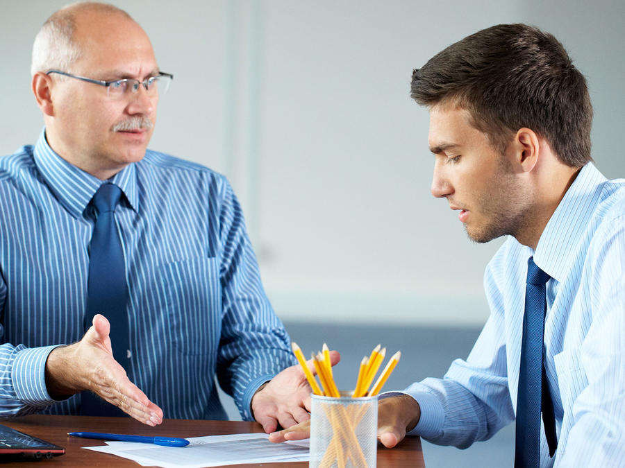 Conversación jefe empleado