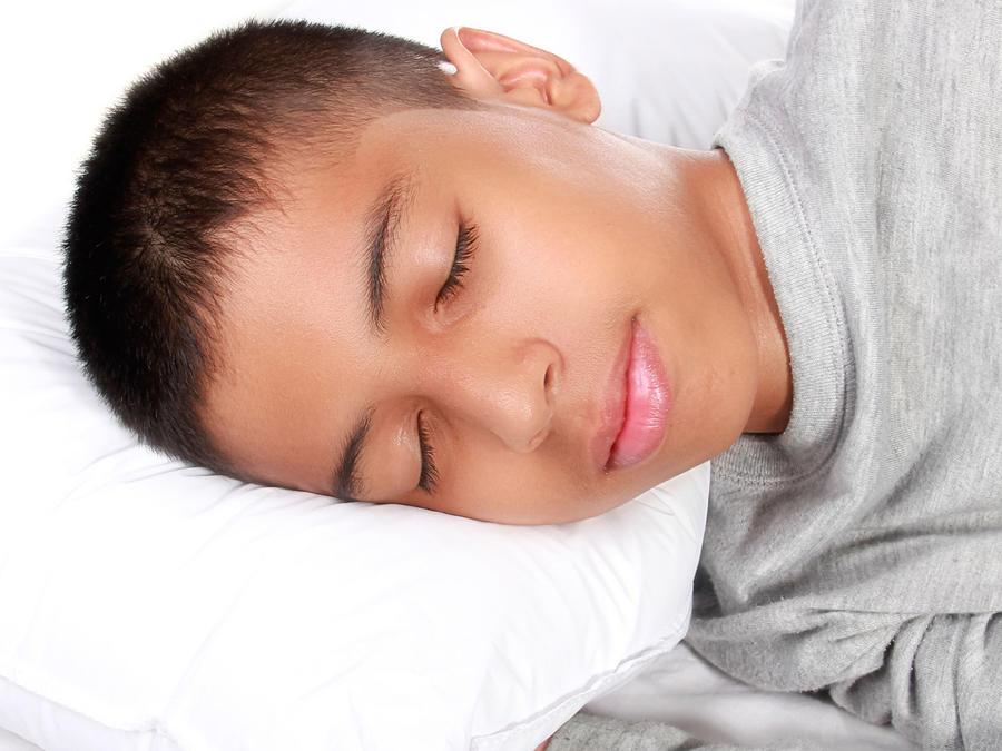 Niño duerme