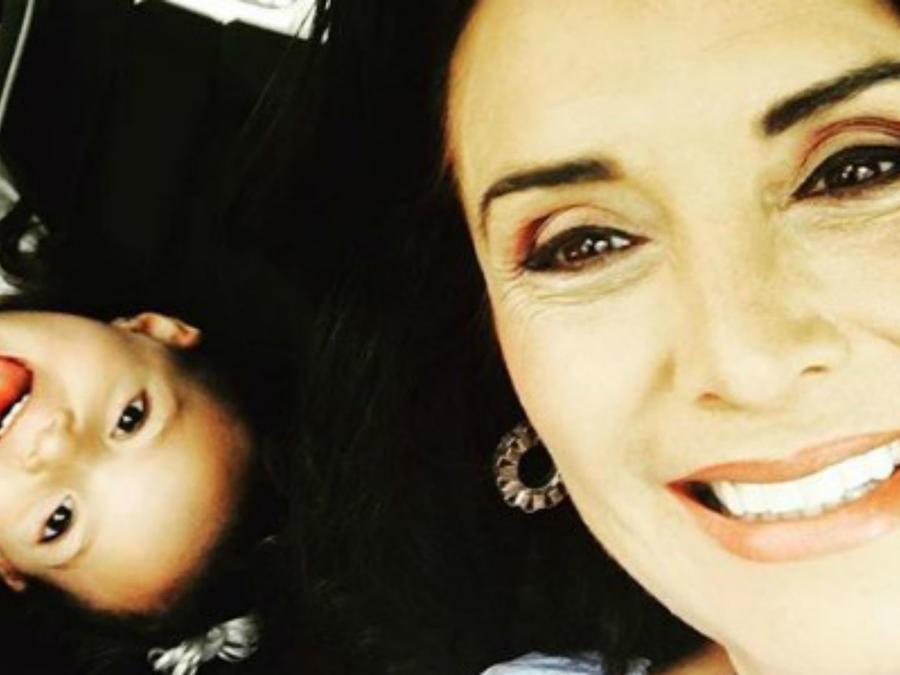 Mayra ROjas y su sobrina Luciana