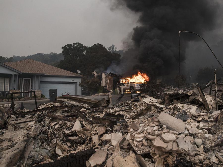 Casa devastada por los incendios en California, 2017