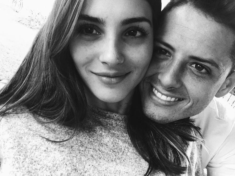 Chicharito con su novia Andrea Duro