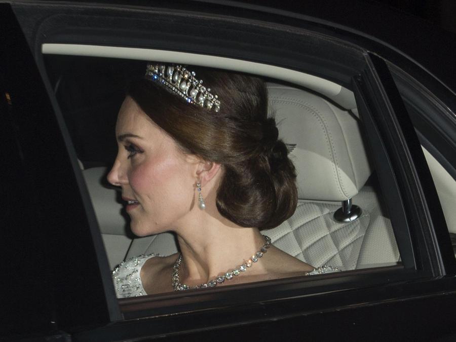 Kate Middleton con tiara