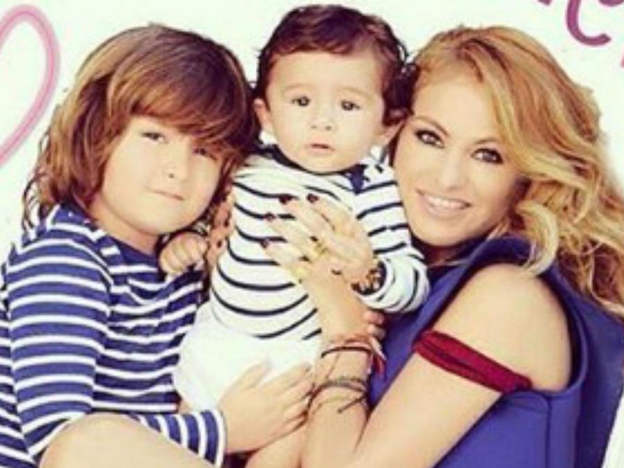 Paulina Rubio y sus hijos
