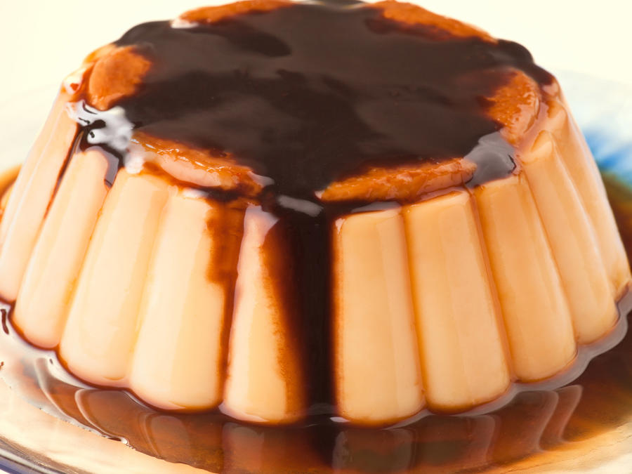 Flan with chocolate sauce