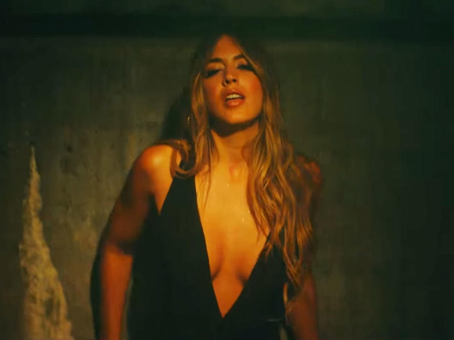 "Shannon de Lima en el video de ""La Player"""