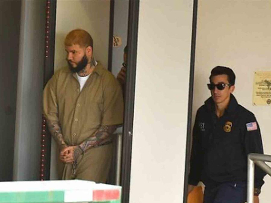 Farruko se presenta en un tribunal de Puerto Rico acusado de tráfico de dinero