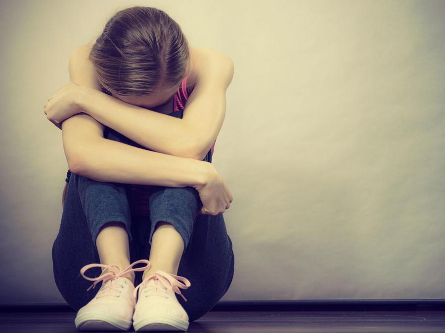 Adolescente triste, deprimida