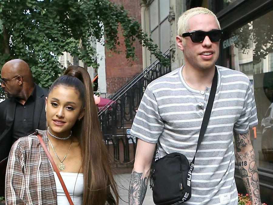 Ariana Grande con Pete Davidson