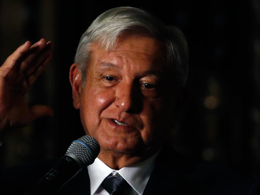 El presidente electo de México, Manuel Andrés López Obrador, en rueda de prensa